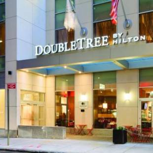 Фотография гостиницы DoubleTree by Hilton NYC - Financial District